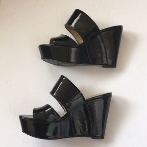 NINE WEST black patent Larysa wedges